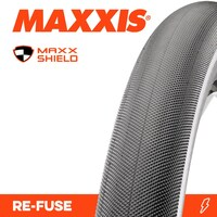 2x Maxxis Re-Fuse + 2x Tubes. Folding Road Bike Tyres 700 x 28c Refuse Black